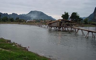 Hotel înVang Vieng