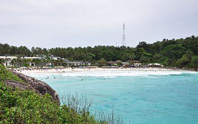 島ラチャのホテル