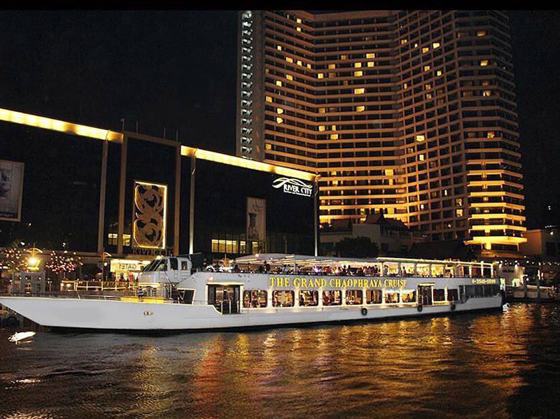 Chaophraya Cruise Dinner