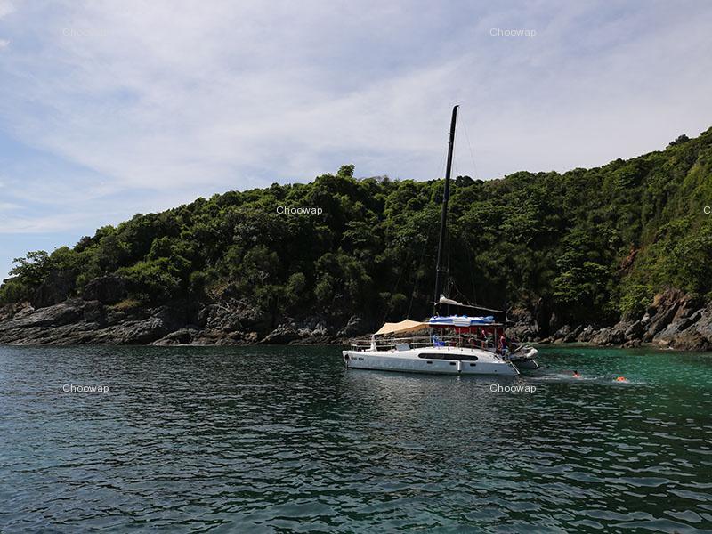 私人双体帆船