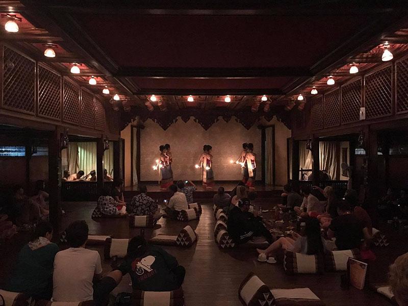 康托克晚宴文化表演(夜间旅程)