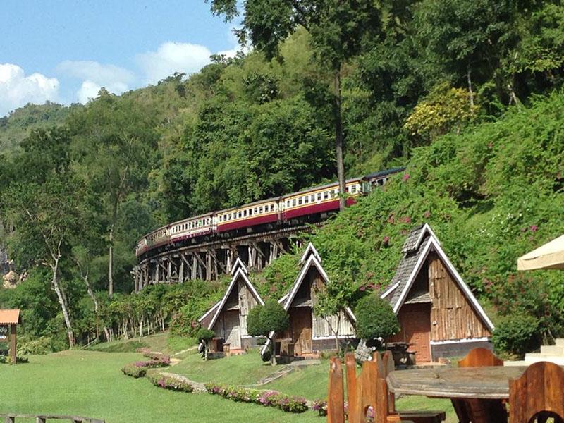 Package Tour Suansaiyoke + Paephapuang